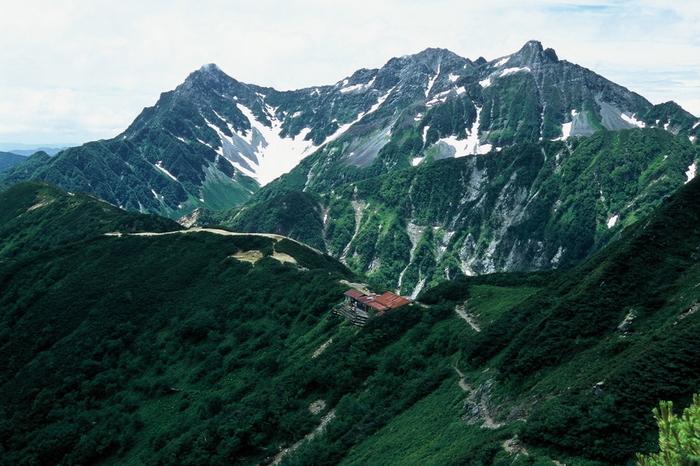 西岳から穂高.JPG